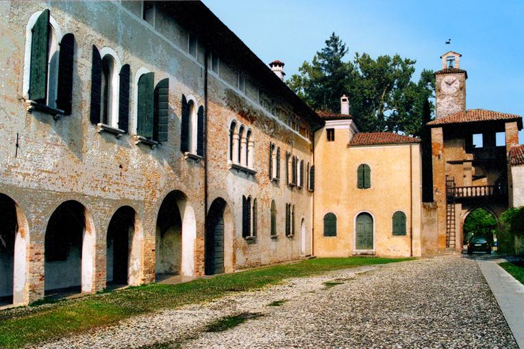 palazzo_del_capitano_04